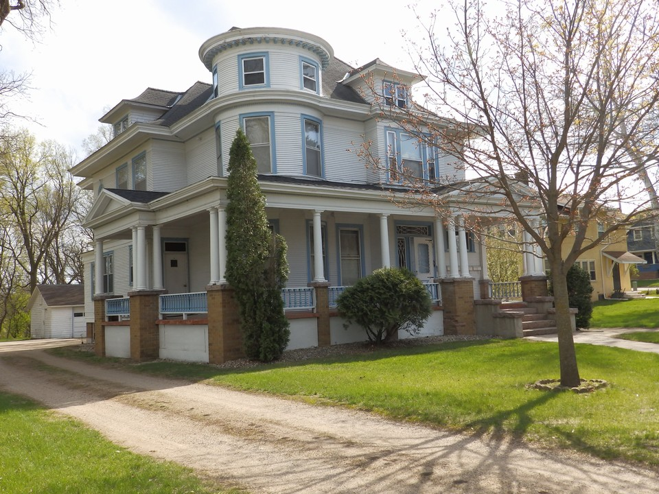 609 south street jackson mn jackson mn real estate for Classic homes realty llc