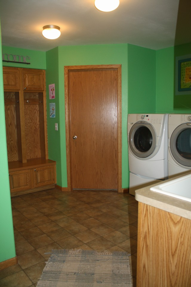 laundry area...entry from garage