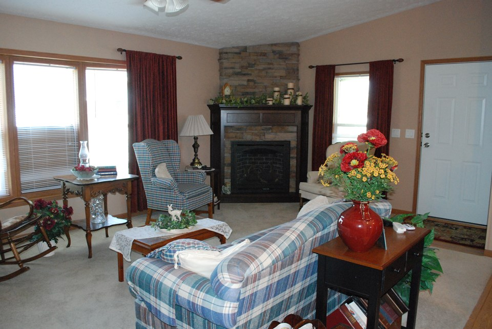 Jackson MN Real Estate Property Listing Living Room