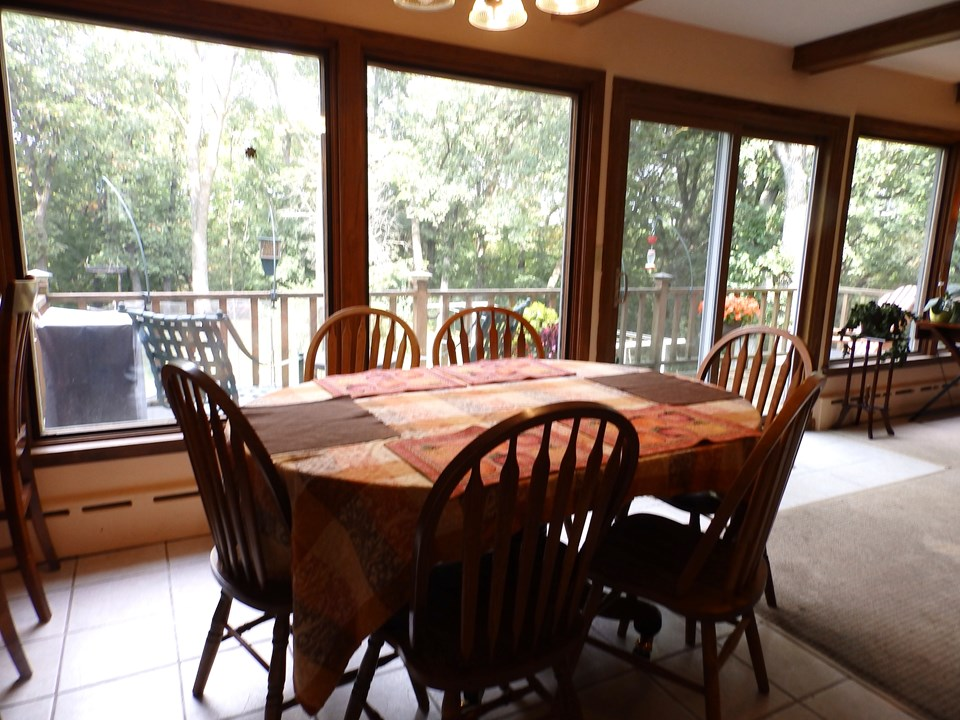 Jackson MN Real Estate Property Listing Dining Area