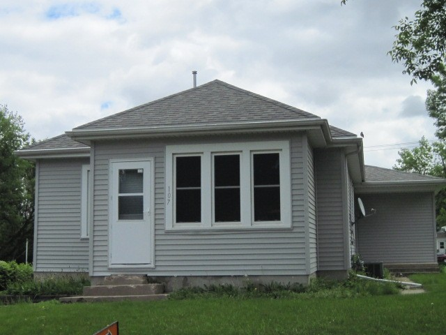 great starter home...2 plus bedrooms