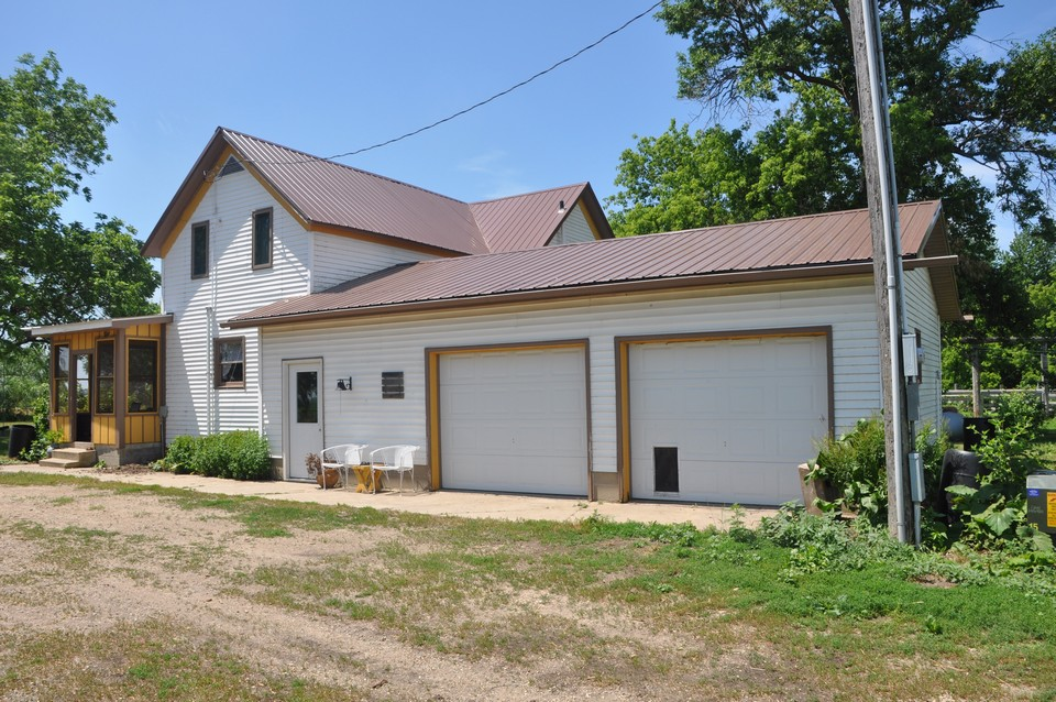 country living!  3 bedroom 2 bath on 7+/-acres