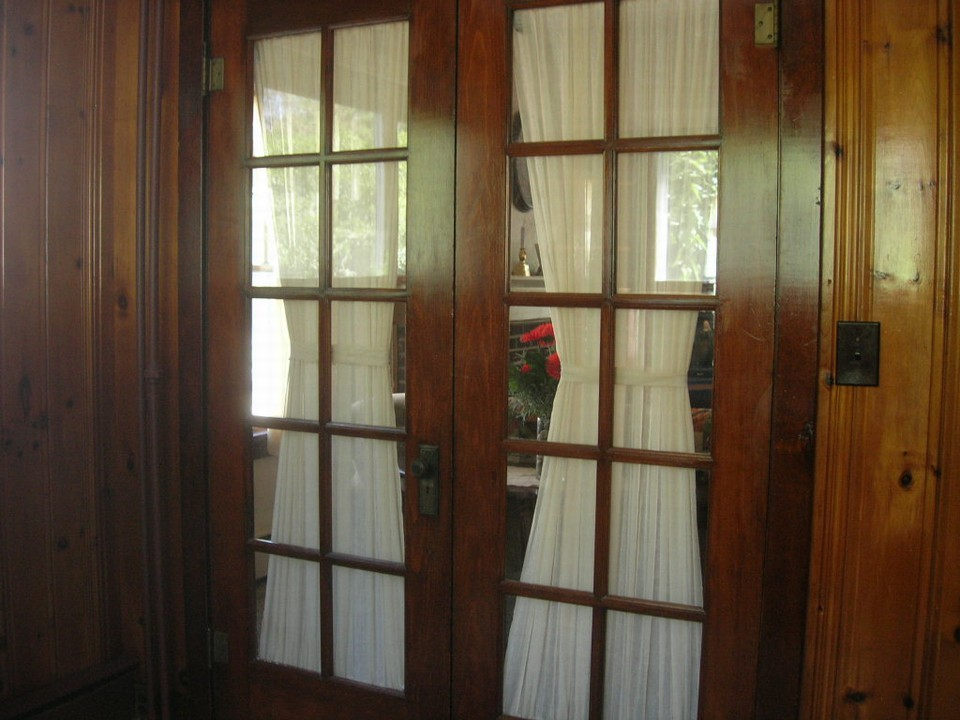 french doors to den or piano room