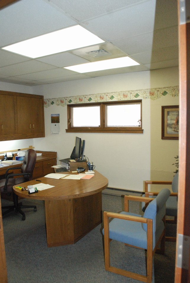 office 1 of 4